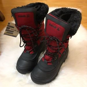 NWT Kamik red boots size 7